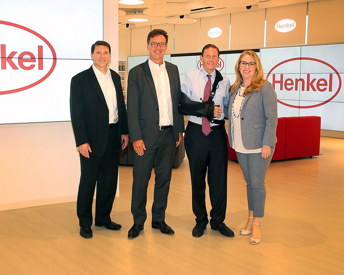 Henkel welcomed U.S. Senator Richard Blumenthal to its North American Consumer Goods Headquarters in Stamford, CT, to meet with employees and tour the newly-opened Henkel Experience Center.
