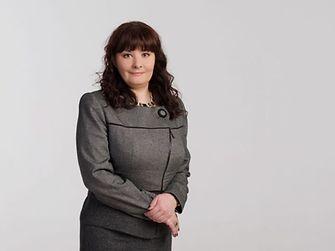 Олена Єфремова-Курсік