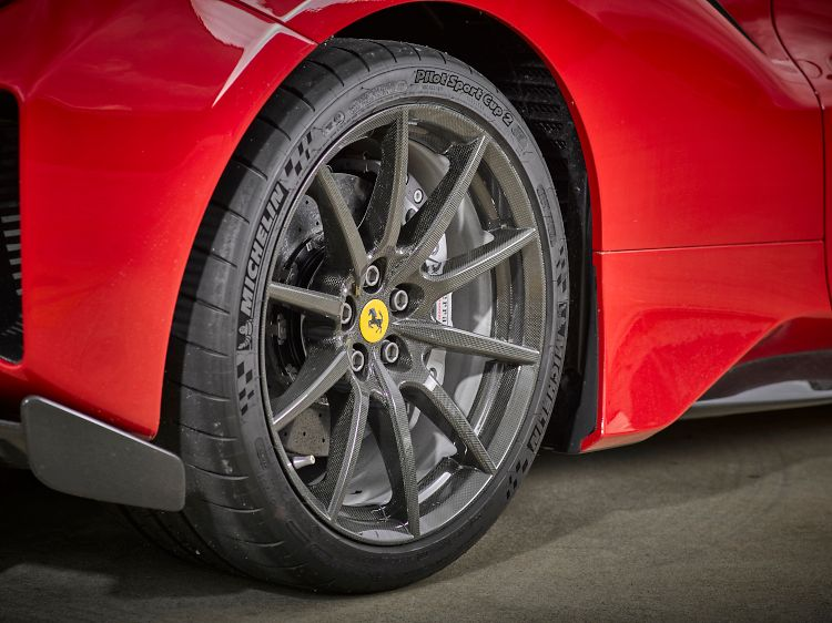Henkel and Carbon Revolution join forces to speed OEM automotive one-piece carbon fibre wheels development.