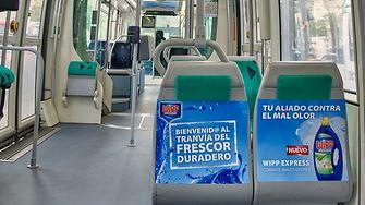 Wipp Express Combate Malos Olores campaña en el TRAM de Barcelona