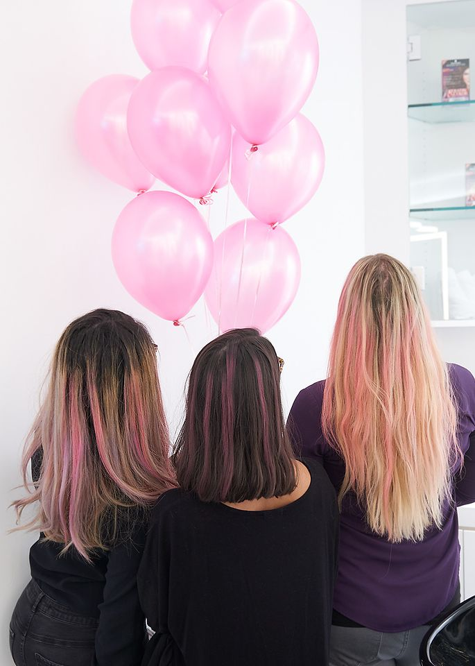 With a donation to the National Breast Cancer Foundation, many participants received pink stripes in their hair, courtesy of Schwarzkopf® brand göt2b® Temporary Pink Hair Chalk.