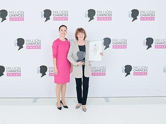 Schwarzkopf Million Chances Award 2019 - Saskia Sschmaus und Vera Falck (links)